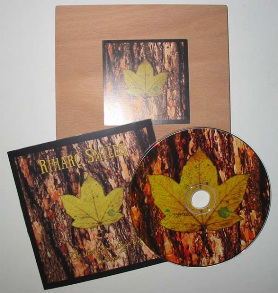 Riharc Smiles – The Last Green Days Of Summer CD (Lim500)