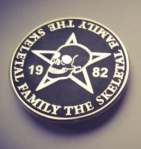 SKELETAL FAMILY - Logo Pin (steel)